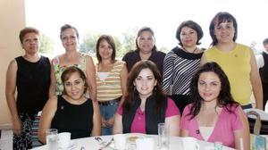 Mercy Torres, Any Sosa, Susana Juárez, Rebeca Gutiérrez, Cenny Veliz, Anneke Berumen, Anabel Gómez, Franzella Wilson y Ángeles Abularage, en reciente convivencia