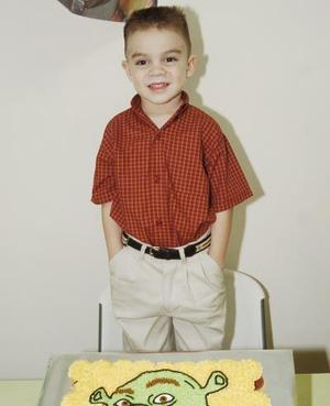 Alejandro López Reyes celebró su quinto cumpleaños, con un convivio organizzado por sus padres, Jaime y Claudia López.