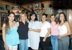 Ale Sánchez, Carola Villalpando, Irene Ochoa, Érika Barraza, Rosy Martínez y Dora Uribe.