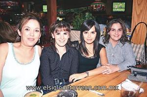 Laura Sosa de Wilkins, Lucía Leal Ancira, Karina Duarte y Ludivina Leal de Iza