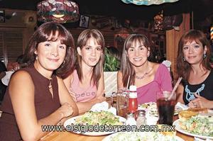 Ana Laura F. de Garza, Toti de Dávila, Gracia de Díaz Veléz y Celina Fernández