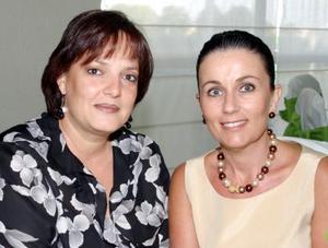 Marina y Nena Fernández.