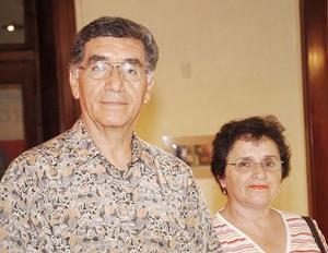 <b>21 de agosto 2005</b><p> Yolanda y Miguel Echeverría.