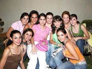 Marianne, Ana Cecy, Marce, Marifer, Valeria, Leah, Maru, Maleny, Ana Sofía y Salma.