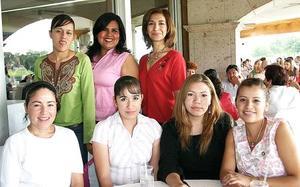 Paloma Meléndez, Marlén Barragán, Ana Laura Esparza, Alejandra Velázquez, Any Reveles, Lucero Martínez y Pily Fernández.