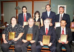 Siria Beatriz Delgado, María Guadalupe Ceballos, Gerardo Martínez, Antonio Morfín, Miguel Ángel Navejas, Germán Domínguez, Samuel Loera y Jesús Rangel.