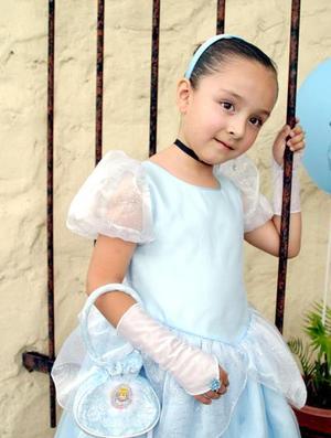 <b>21 de agosto 2005</b><p> Regina de Lara Garza  celebró su sexto cumpleaños.