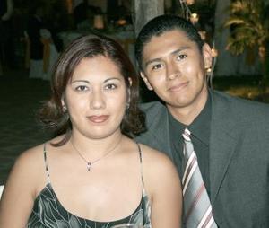 <b>24 de agosto 2005</b><p> Rebeca Rentería y Jesús Francisco Núñez.