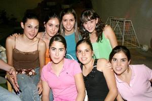 <b>22 de agosto 2005</b><p> Salma, Maleny, Ana Sofía, Valeria, Marianne, Marce y Susy.