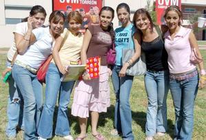 <b>23 de agosto 2005</b><p> Thalía Gutiérrez, Gaby González, Graciela Hernández, Jimena Adame de León, Aina Flores, Larisa Ibarra y Natalia  Herrera.