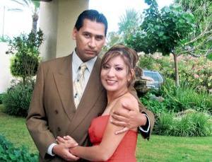 <b>27 de agosto 2005</b><p>  Óscar Salvador García Hernández y Cynthia Yolanda Onofre Limón.