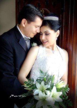 Dr. Javier Contreras Rayas y C.P. Nidiana G. Hernández Cárdenas contrajeron matrimonio el pasado cuatro de junio.