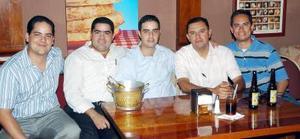 Alejandro Reza, Juan Antonio Serna, Alfredo Máynez, Édgar Saldaña y Daniel Hernández.