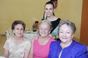 Cuquita Franco de Quiroga, Ema Galán Dinlger, Martha Galán de Flores y Diana Ciret Galán.