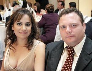 Gabriela Guajardo y Leonardo Nahle.