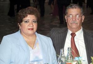 Irma Alicia Ortiz de Sandoval y Enrique Sandoval Martínez.