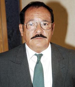 José Orona Flores.