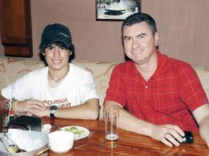 Porfirio y Diego Olivares.