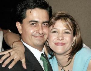 Rafael García y Brenda de García.