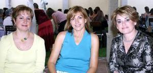 Rocy de Gómez, Claudia de Gómez y Adriana de Valdés.