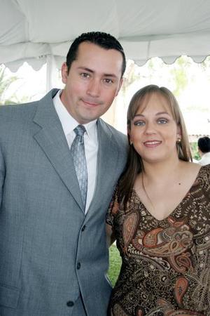 Eduardo y Blanca Flor Hernández.