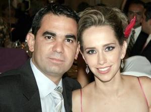 Ramón Helguera y Lizzette de Helguera.