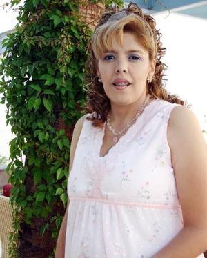 Anabel Reyes de Vargas, captada en la fiesta de canastilla que le ofrecieron sus familiares por el futuro nacimiento de su segundo bebé.
