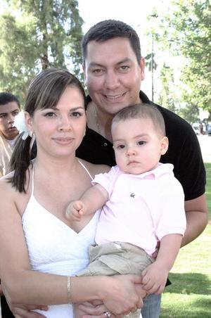 <b>28 de agosto 2005</b><p> Jaime Alberto Ollivier García fue festejado por sus papás, Óscar Ollivier y Odila García de Ollivier.