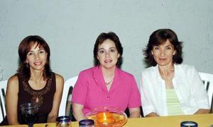 Emma de De la Peña, Beatriz G. de Murra y Cristina A. de Algara.