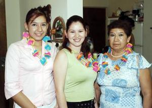 Alicia Castañeda, Gabriela Silva y Karla Anahí García.
