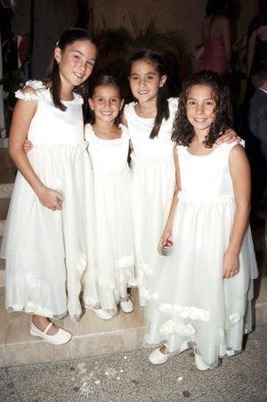 <b>29 de agosto 2005</b><p> Lorena Vargas, Jimena Villarreal, Bárbara Villarreal y Sofía Vargas.