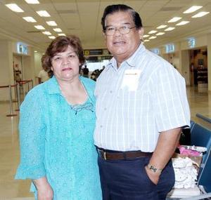 Amparo Enríquez y Jesús Campos vivjaron a Tijuana.
