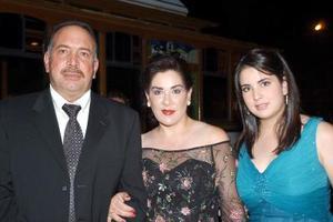 Raúl Murra, Lourdes de Murra y Ana Cris Murra.