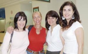 Ana Laura, Yolanda, Irma y Sara viajaron a Cancún.