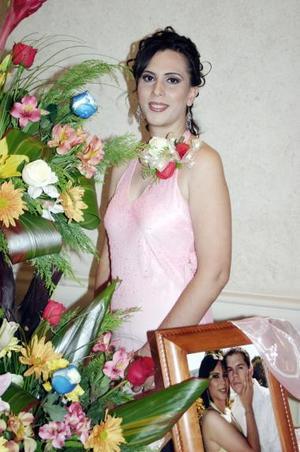 Ing. Ana Isabel Urbina A. disfrutó de una amena despedida de soltera.