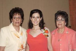 Linda Barragán Juan Marcos disfrutó de una fiesta de despedida que le organizaron su mamá, Herlinda Juan Marcos de Barragán y su suegra, María Dolores Méndez de Mora.