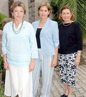 Kitty de Domínguez, Lety Faya y laurita Guarrola.