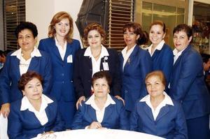 July Parra, Chayito Juárez, Lolita Ibarra, Martha Herrera, Lupita Treviño, Julieta Estrada, Chayito Adame, Brenda Hernández y Marimar Herrera.