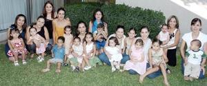 Sofía Carmona Pruneda cumplió dos años de vida y sus papás, Eduardo Carmona González y Marcela Pruneda de Carmona, le organizaron  una fiesta.