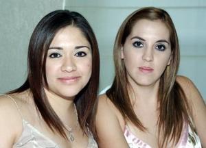 Claudia Reyes y Roxana de Chapa.