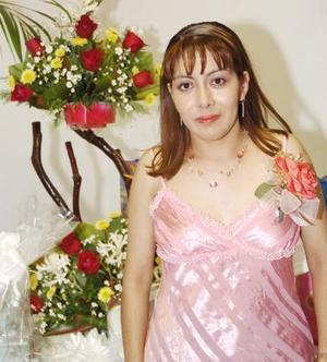 Gisela Castañeda Morillón, captada en su fiesta de despedida.