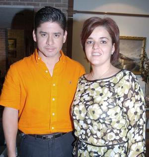 Ana Mexsen y Roberto Velázquez.