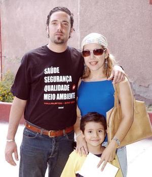 Benett Munive, Irene Gama y Juan Castro.