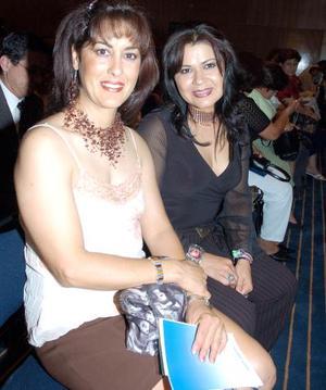 Martha Montes y Laura Velázquez.