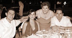 Martín Valente Arreola Enríquez, Martha Torres de Arreola, Juana María Enríquez de Arreola y Jesús  G. Ruiz.