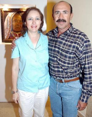 Roberto y Leticia Oviedo.