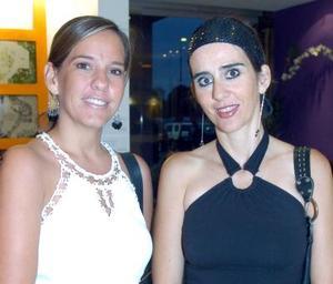 Rosy Rodríguez y Leonor Salas de Lugo.