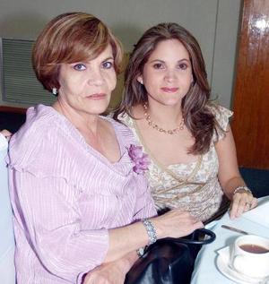 Mary de Ramos y Rosy de Ramos.