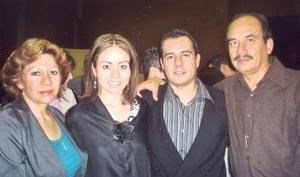Carmen Ochoa, Nadia, Néstor y Gerardo Jaramillo.