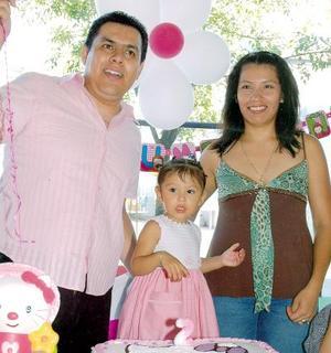 Andrea Chávez García, en la fiesta de cumpleaños que le organizaron sus papás.